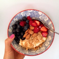 Breakfast parfait.jpg